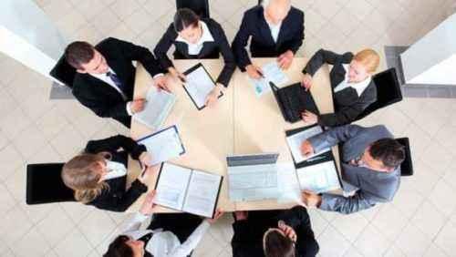 10 estrategias eficaces para tomar notas en reuniones de negocios