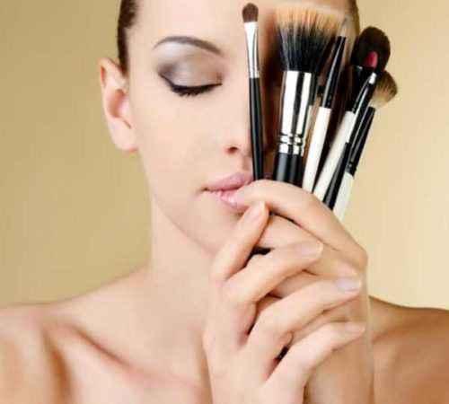 26 deberes Descripción del trabajo de un maquillador profesional