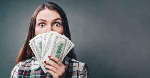 Cómo comenzar a ganar dinero revisando productos en línea