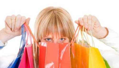 Cómo convertirse en un comprador personal para personas mayores