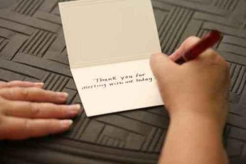 Cómo escribir una nota de agradecimiento comercial