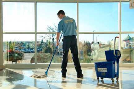 Iniciar un negocio de limpieza con un presupuesto reducido