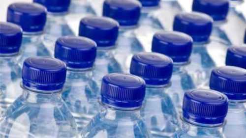Iniciar una empresa de agua embotellada ¿Cuánto cuesta?