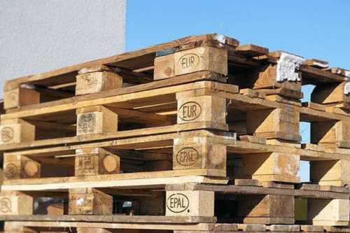 Inicio de un negocio de reciclaje de palets de madera