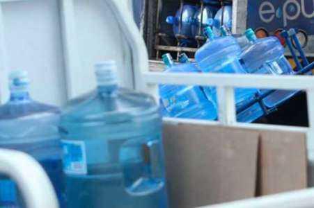 Inicio de una planta de agua embotellada: haciendo investigación de mercado
