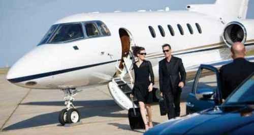 Por qué la gente de negocios debería viajar en jet privado