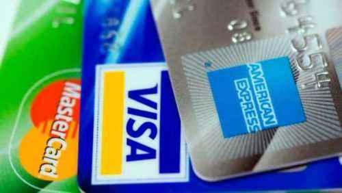 Tarjeta de crédito asegurada vs préstamos garantizados: cuál es el mejor